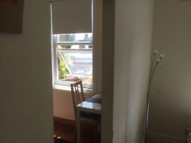 Studio flat Harrow central