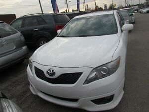 2011 Toyota Camry SE   LEATHER   ROOF   HEATED SEATS   1OWNER London Ontario image 2