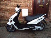 2016 Piaggio FLY 125 scooter, new model, italian quality, very good runner, low miles, not ps sh pcx