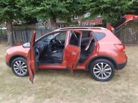 Nissan qashqai 2009 high spec, fully loaded, parmoic roof long mot, in perfect condition