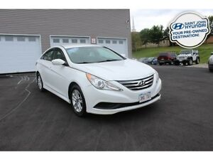 2014 Hyundai Sonata GL! Heated Seats! A/C! $84 BI-WEEKLY!