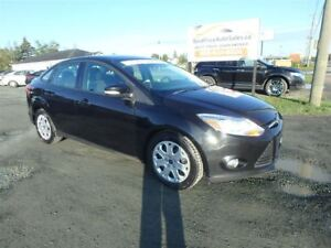 2012 Ford Focus SE!! HEATED SEATS! CERTIFIED!