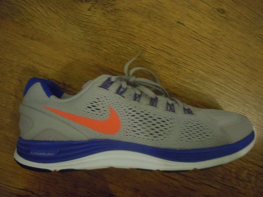 NIKE LUNARGLIDE AND MIZUNO WAVE INSPIRE TRAINERS