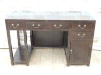 Wooden Desk Vintage (Delivery)