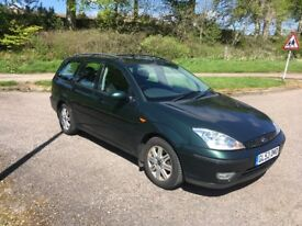 1 Year MOT* Ford Focus 2L Ghia Estate Automatic 2003