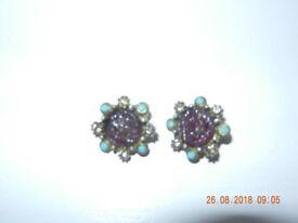Ladies Vintage Clip On Earrings