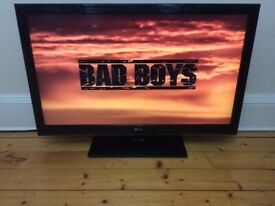"42"" WIDESCREEN LG FULL HD TV DIGITAL FREEVIEW LIGHT WEIGHT EXCELLENT CONDITION"