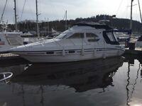 Sealine F33 Boat - Good Condition