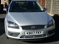 Ford Focus 1.6 zetec climate 2007 with alloys & air conditioning
