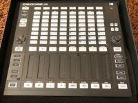 Native Instruments Maschine Jam - as new, boxed with software