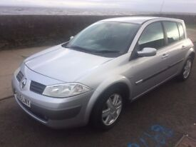 55 renault megane dynamique vvt.-1596 cc 5 door hatchback.full service records.