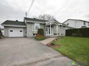 299 900$ - Bungalow à vendre à Salaberry-De-Valleyfield