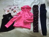 Bundle of clothes 9-10 years