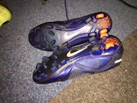 football boots -Nike control 360 - size 7 - blue