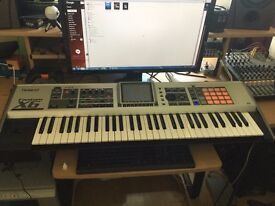 Roland Fantom X6 Sampler workstation - Including 3 expansion boards