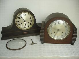 2 x VINTAGE Wooden mantel clocks (spares or repairs).