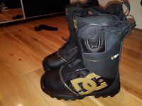 Snowboarding boots For Sale