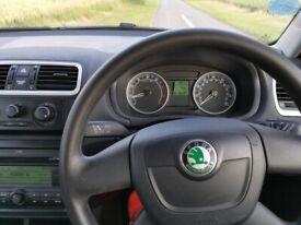 Skoda Fabia 2 1.4,55 MPG,59k miles,Full Dealers Service History 2 keys, Clio, Corsa, Polo, Swift
