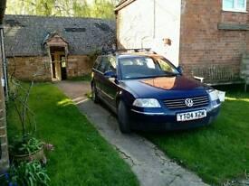 VW Passat Estate 04 plate