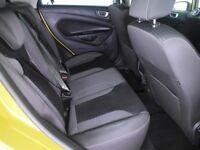 FORD FIESTA 1.6 TITANIUM 5DR POWERSHIFT Auto (yellow) 2014