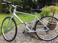 Giant Escape size 4 Medium mountain bike mens ladies