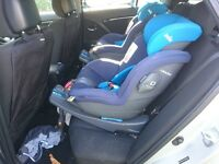 1 Joie i-size car seat for Isofix and seatbelt