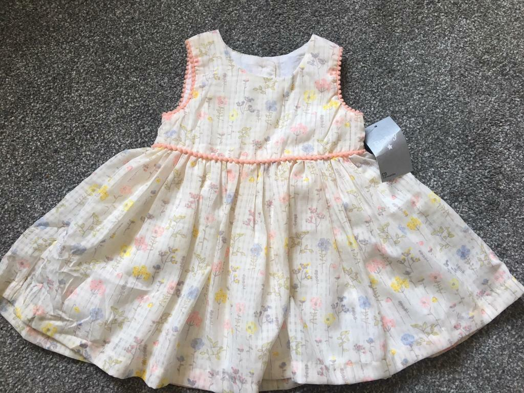 09e760362 BNWT GIRLS DRESS 3-6 months