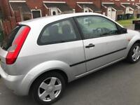 FORD FIESTA 1.4 2003 BREAKING ALL PARTS IN SILVER