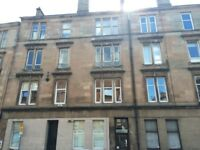 Very Large Room in a Traditional Flat on Cathcart Road in the Southside of Glasgow near Shawlands