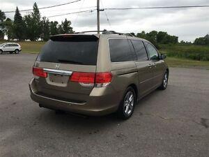 2010 Honda Odyssey Touring - MOON - LEATHER - NAV Belleville Belleville Area image 3