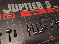 ROLAND JUPITER 8 Vintage Analog Synthesizer (117 V)