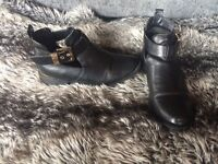 5 pairs of women's shoes/boots