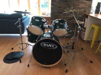Mapex V Series 5-Piece Drum Kit with 3 cymbals