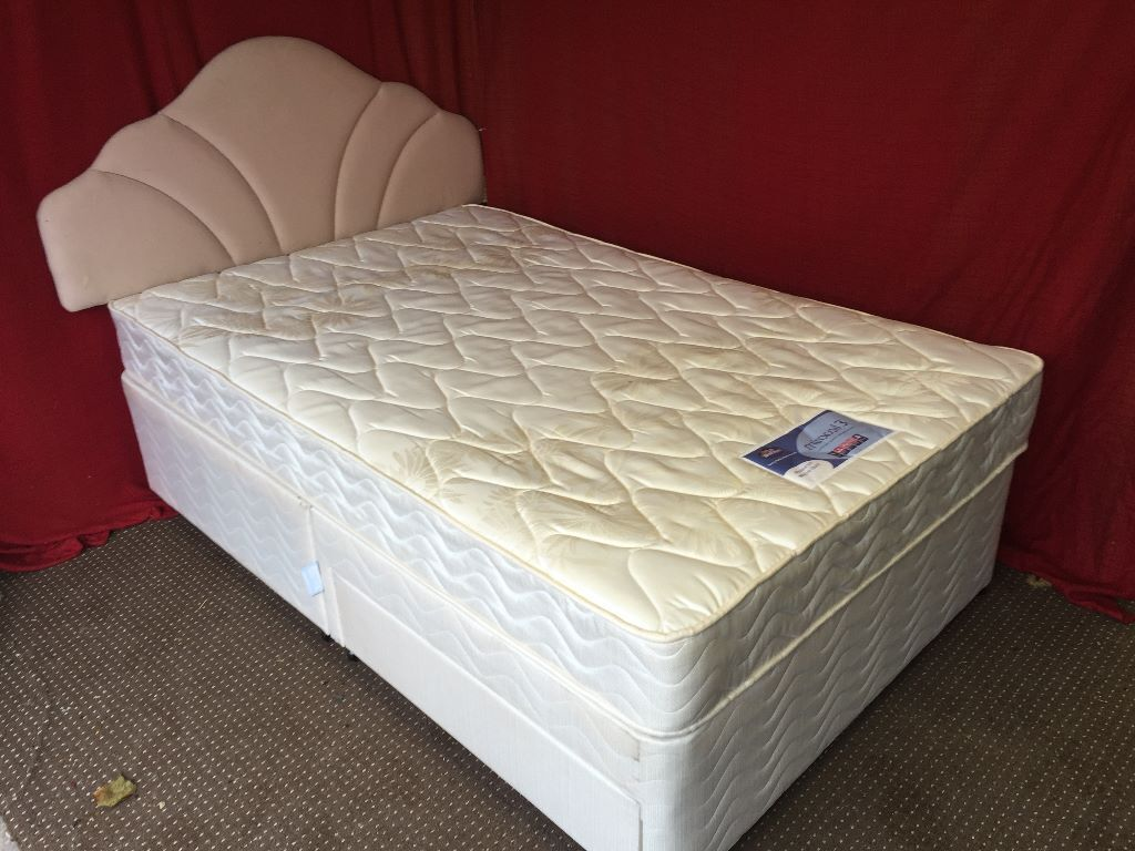 Silentnight 3 4 4ft divan bed with 2 draws headboard and for Small double divan bed with headboard