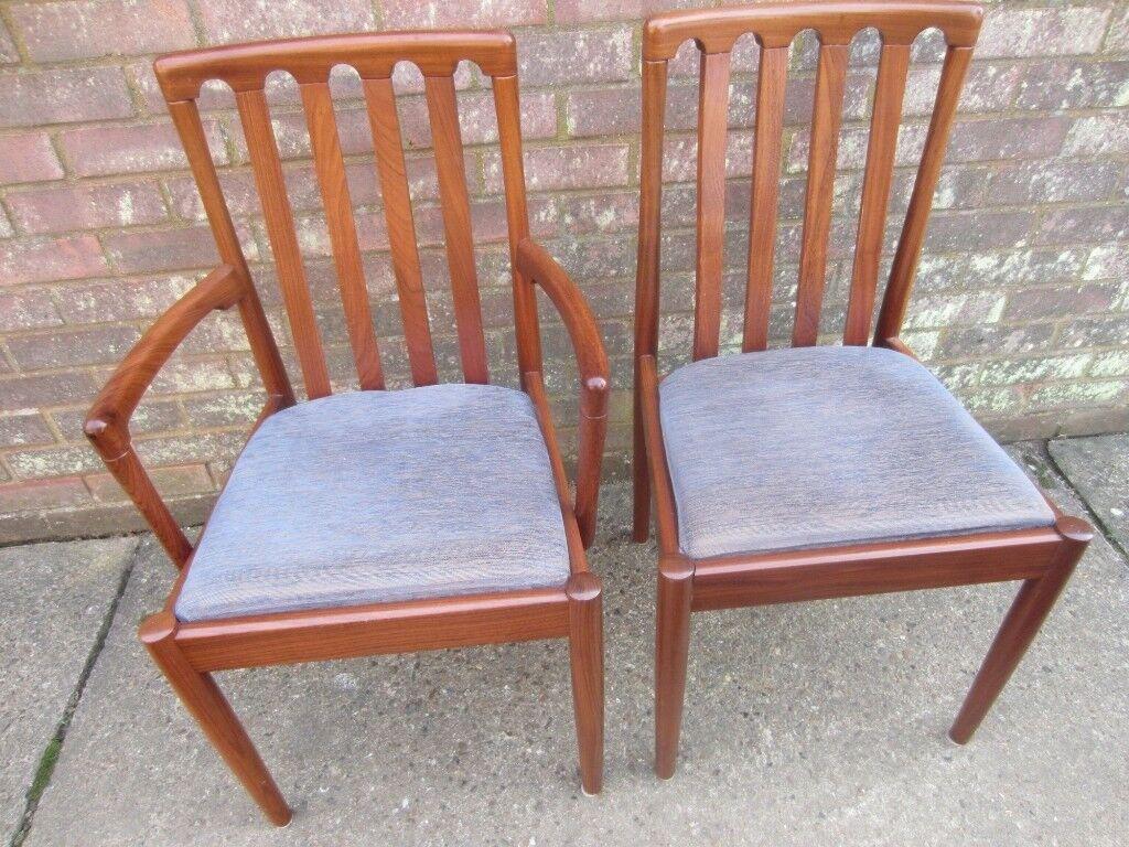 Six Meredew Furniture Ltd Uk Teak Hussar Range Dining Chairs Covered In Blue Gold Dralon