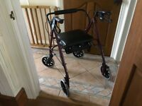 WALKER / WALKING AID / ROLLATOR