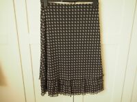 SKIRT SIZE 12 BLACK MIX PATTERN FULLY LINED BY MARKS AND SPENCER