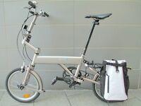 Mezzo Folding Bike (Good Alternative to a Brompton) With Pannier Bag & Extras