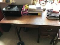 Beautiful ladies solid oak desk 1920s