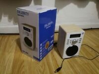 Majority Barton II Retro DAB/DAB+ digital radio and alarm clock. Mint condition