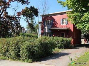 305 000$ - Maison 2 étages à vendre à Sherbrooke