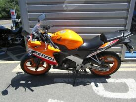 Honda CBR125 - Popular Repsol colours!