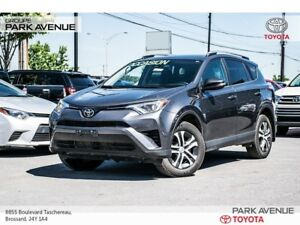 2017 Toyota RAV4 LE+AWD+CAMERA