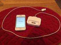 iPhone 4 16 GB with charging pad