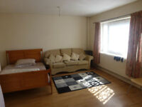 Spacious 3 bedroom maisonette flat in the Shoreditch/Hoxton area, N1.