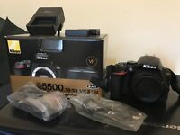 New Nikon D5500 with 2 extra batteries and 2 screen guards