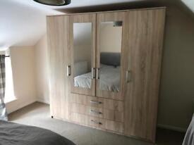 Wardrobe - 4 Doors