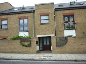 1 BEDROOM FURNISHED FLAT WITH PATIO - HOMERTON, E9 6AY
