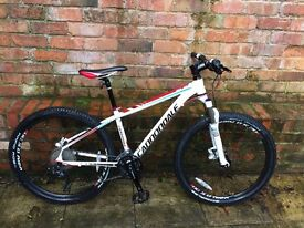 Cannondale Trail SL 2 2013 Mountain Bike - Excellent Condition