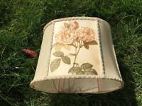 PRETTY VINTAGE RETRO KITSCH 50s MID CENTURY FLORAL FABRIC & BRAIDED LAMP LIGHT SHADE